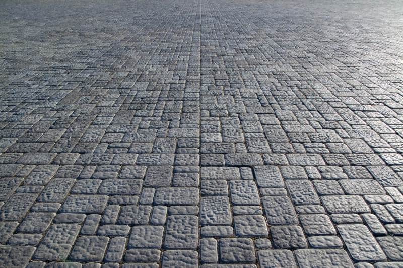 Asphalt floor tiles