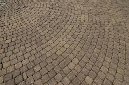 Цена за укладку тротуарной плитки