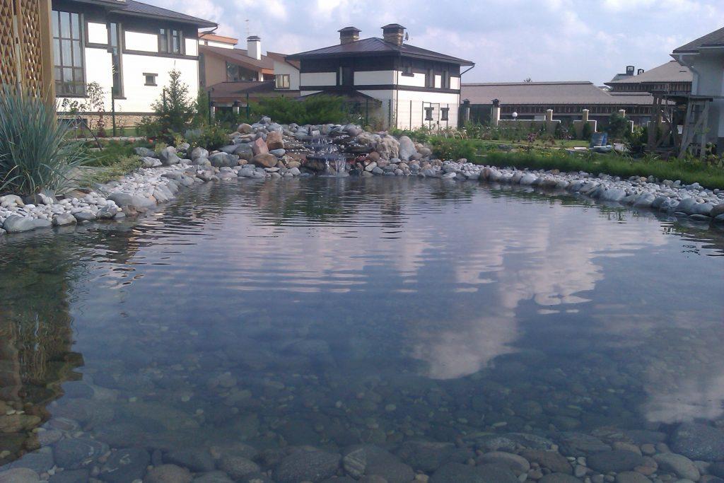 Очистка дачного пруда